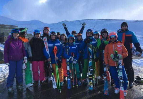 Skiing 0318